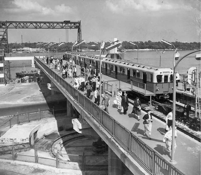 1960-год-Станция-метро-Днепр-e1346354877466